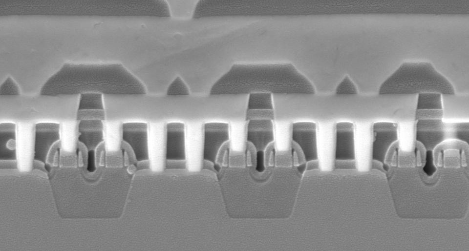 SEM of transistors